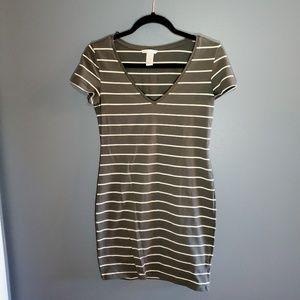 H&M Basic Grey & White Bodycon Dress